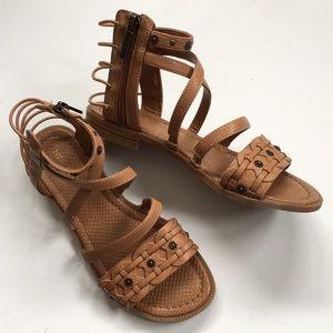 EUC Nine West sandals